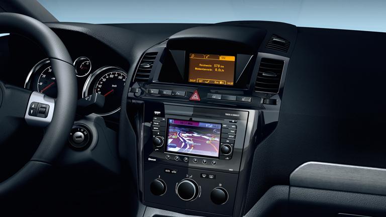 Opel_Zafira_Interior_b.jpg